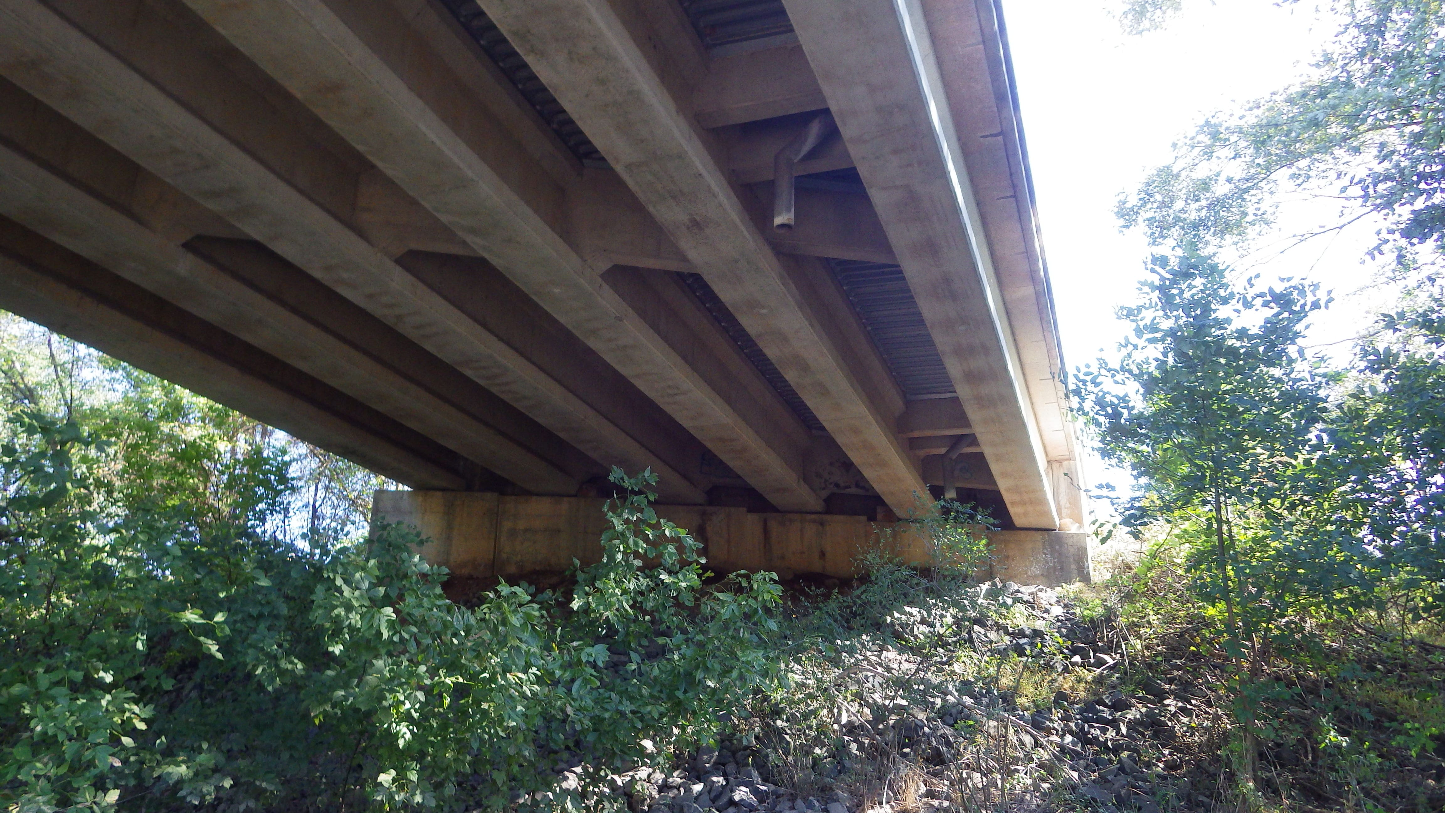 7-east-abutment-and-bridge-superstructure-min